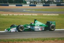 JAGUAR R1 F1 Dario Franchitti at speed, testing at Silverstone 2000 . Photo (a)